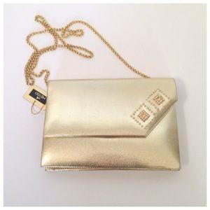 Handbags - NWT gold evening bag🎉2xHP🎉